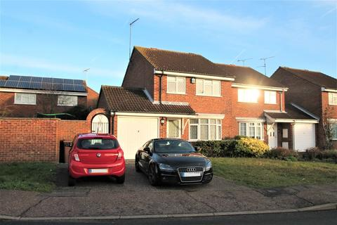 3 bedroom detached house to rent - Paddock Drive, Springfield