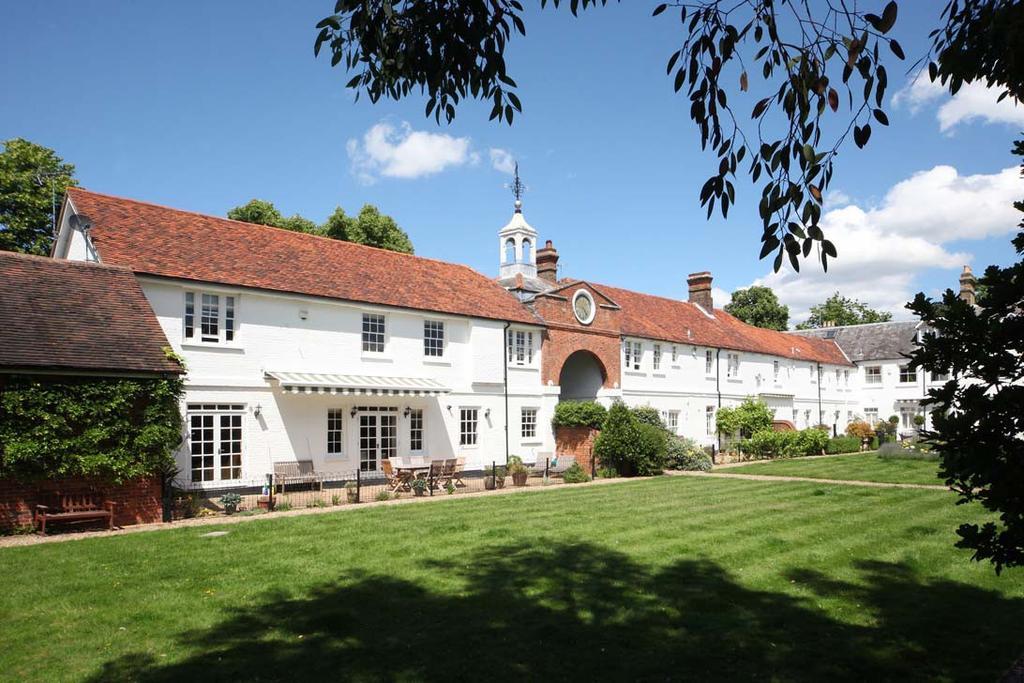 4 Bedrooms House for rent in Winkfield Lane, Winkfield, Windsor, Berkshire, SL4