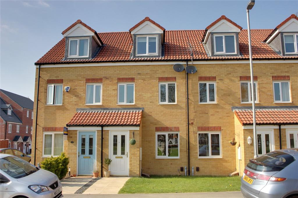3 Bedrooms Terraced House for sale in Oval View, Scholars Rise