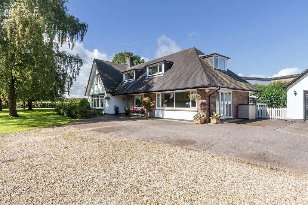 4 Bedrooms Detached House for sale in Walgherton