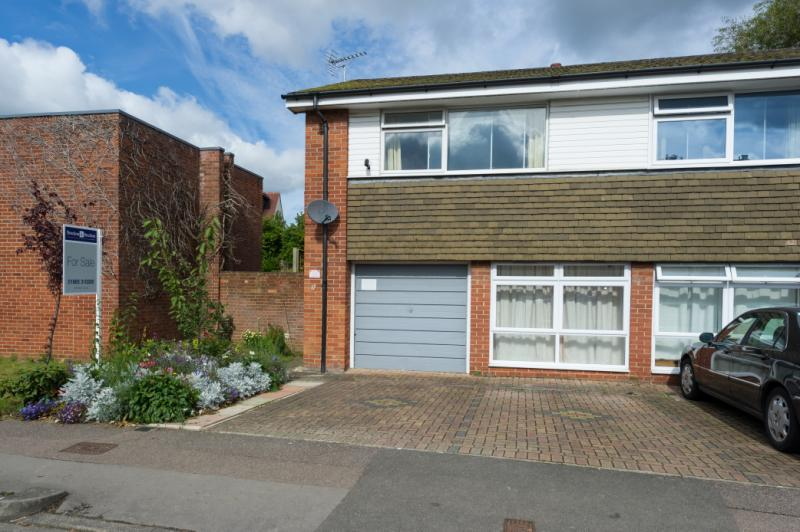 3 Bedrooms Semi Detached House for sale in Harefields, Oxford, Oxfordshire