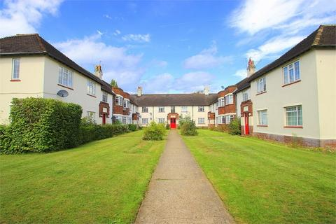 2 bedroom flat to rent - Bathurst Walk, Richings Park, Buckinghamshire