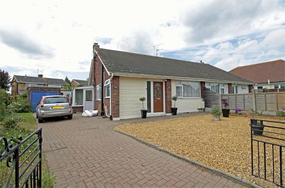 2 Bedrooms Semi Detached Bungalow for sale in Barbrook Lane, Tiptree, Essex