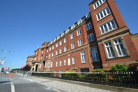 3 bedroom apartment to rent - The Royal, Wilton Place Salford M3 6WP