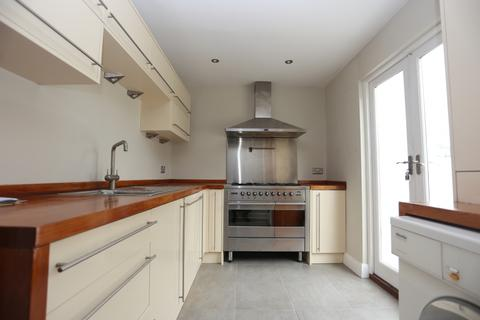 4 bedroom terraced house to rent - Clifton Street, Brighton