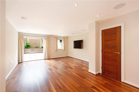 4 bedroom semi-detached house to rent - Dere Close, London, SW6