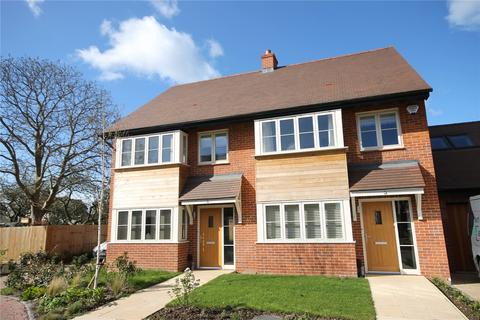 3 bedroom semi-detached house to rent - Middleton Close, Cambridge, CB4
