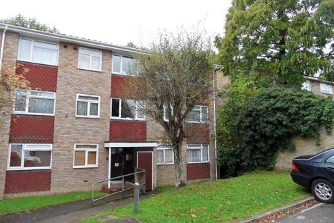 2 bedroom apartment to rent - Braithwaite Court, Malzeard Road, Luton, Bedfordshire, LU3 1BE