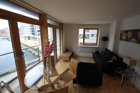 2 bedroom apartment to rent - CLARENCE HOUSE, CLARENCE DOCK, LEEDS, LS10 1LG