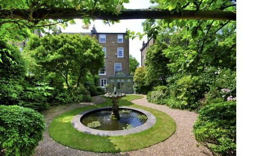 6 Bedrooms Semi Detached House for sale in Hamilton Terrace