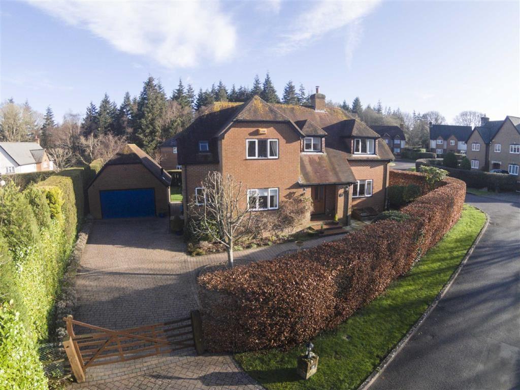 4 Bedrooms Detached House for sale in Queens Copse Lane, Wimborne, Dorset