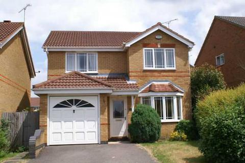 3 bedroom detached house to rent - Haycroft, Bushmead, Luton, LU2 7GJ