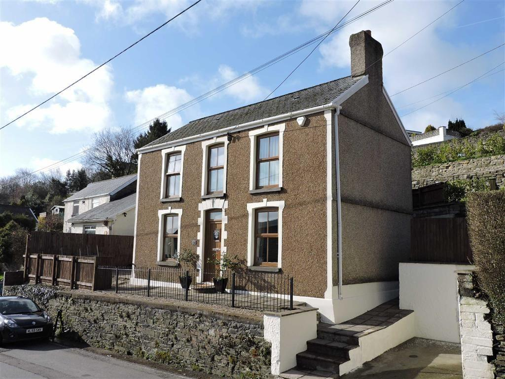 4 Bedrooms Detached House for sale in Clydach Road, Craig-Cefn-Parc