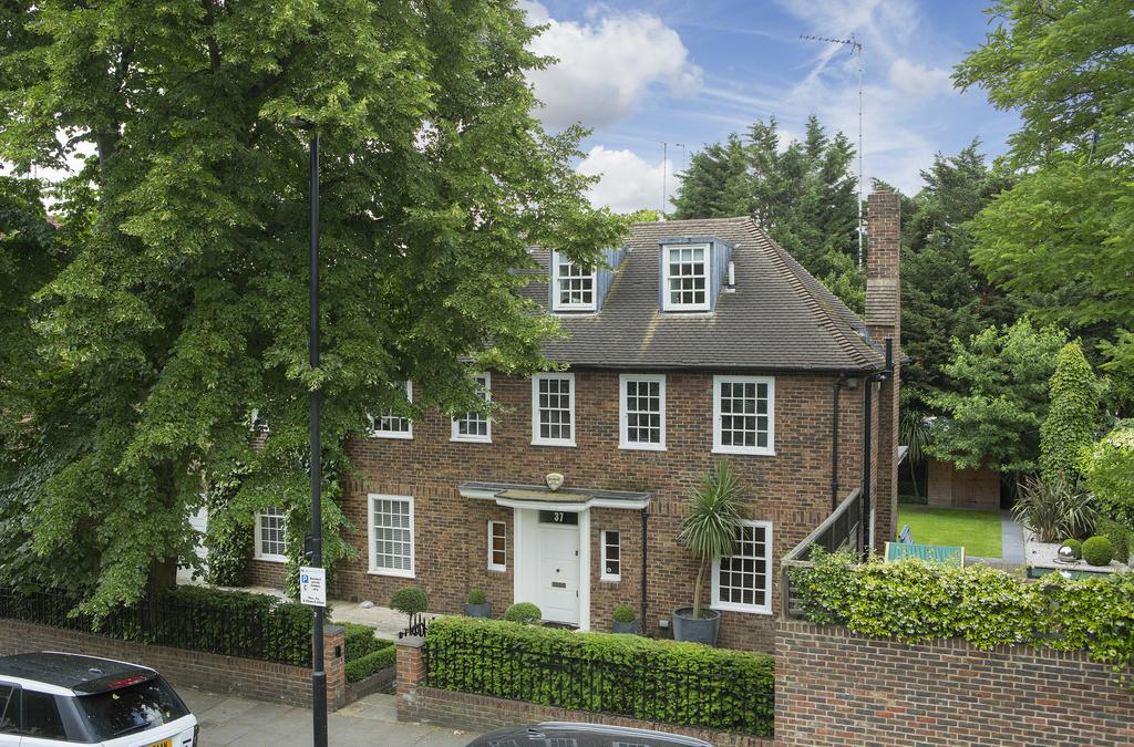 6 Bedrooms Detached House for sale in Loudoun Road