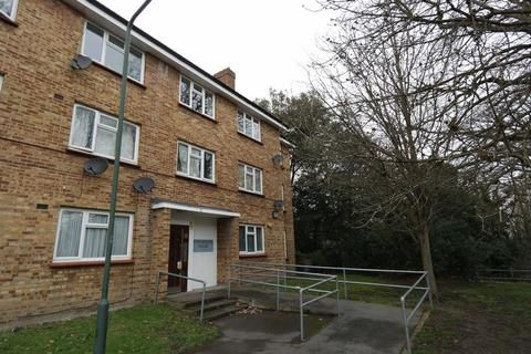 2 bedroom apartment to rent - Stephenson House, Abbey Wood