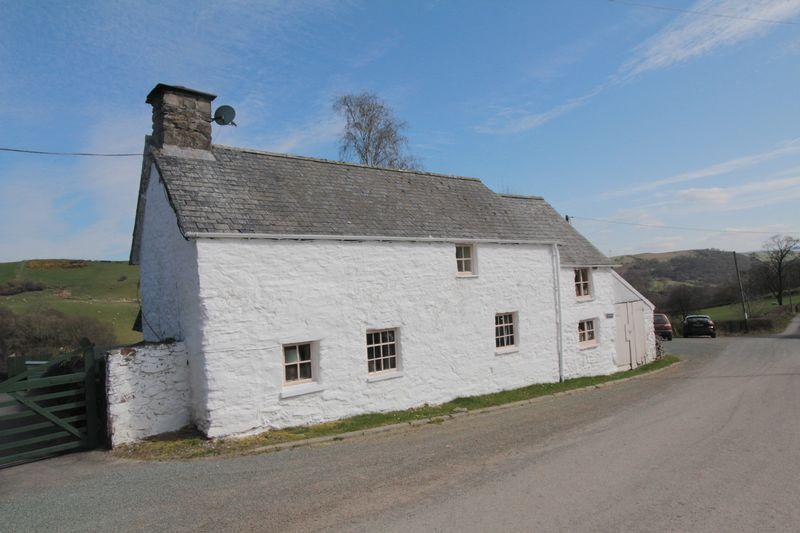 2 Bedrooms Detached House for sale in Melin-Y-Wig, Corwen