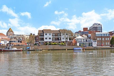 1 bedroom property to rent - Rams Passage, Kingston upon Thames, KT1