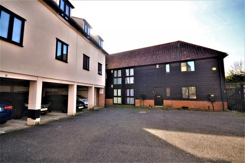 2 bedroom apartment to rent - St. Michaels Mews, St. Michaels Road, Braintree, Essex, CM7