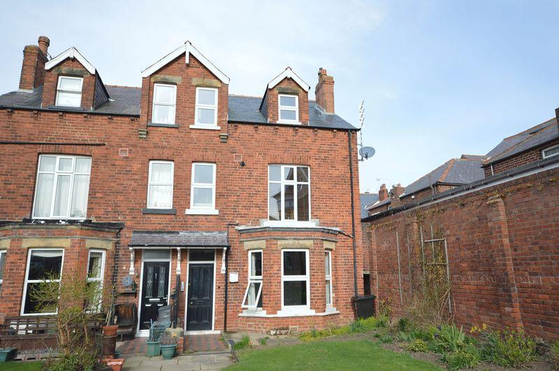 2 Bedrooms Apartment Flat for sale in Flat 2 Mindello House, 11 Argyle Road, whitby