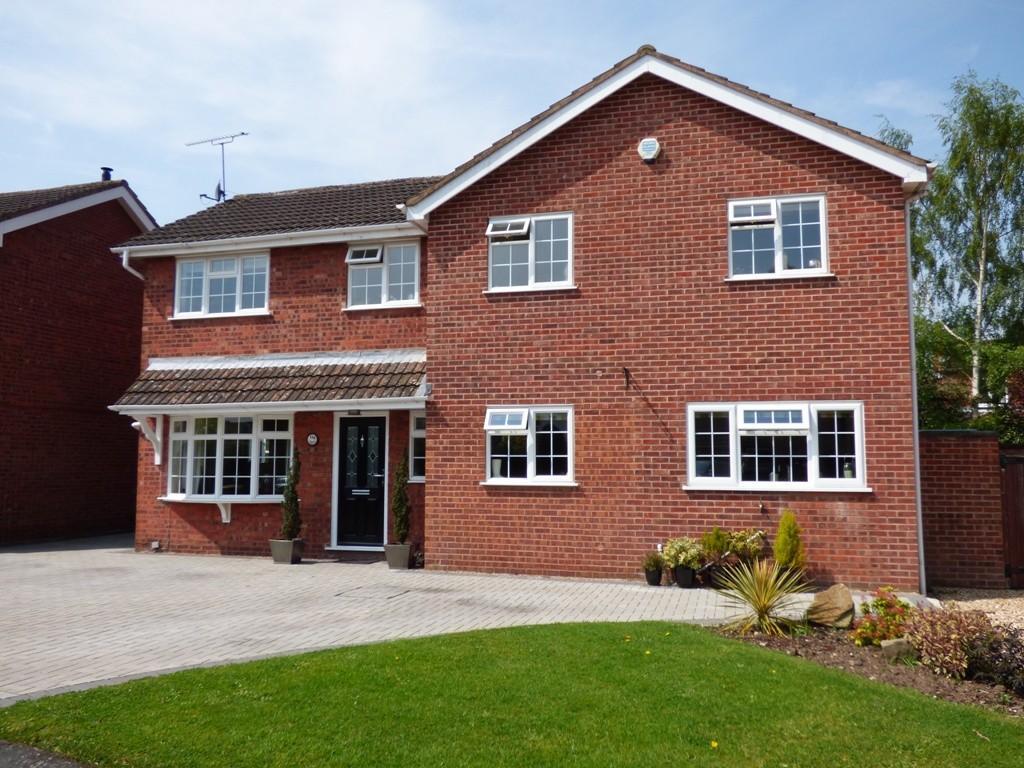 4 Bedrooms Detached House for sale in Park Road, Barton under Needwood
