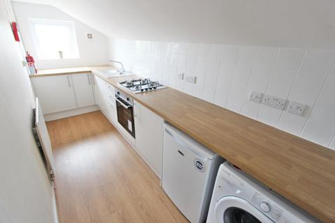 Studio to rent - Clarence Road, Victoria Park, Manchester, M13