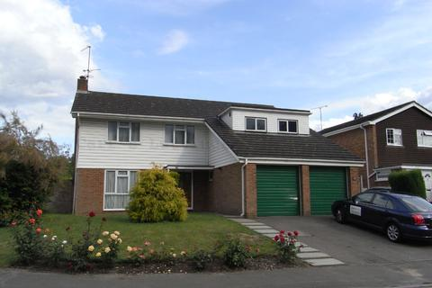 4 bedroom detached house to rent - Gainsborough Drive, Ascot SL5