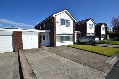 3 bedroom detached house for sale - Arundel Avenue, Hazel Grove, Stockport SK7 5LA