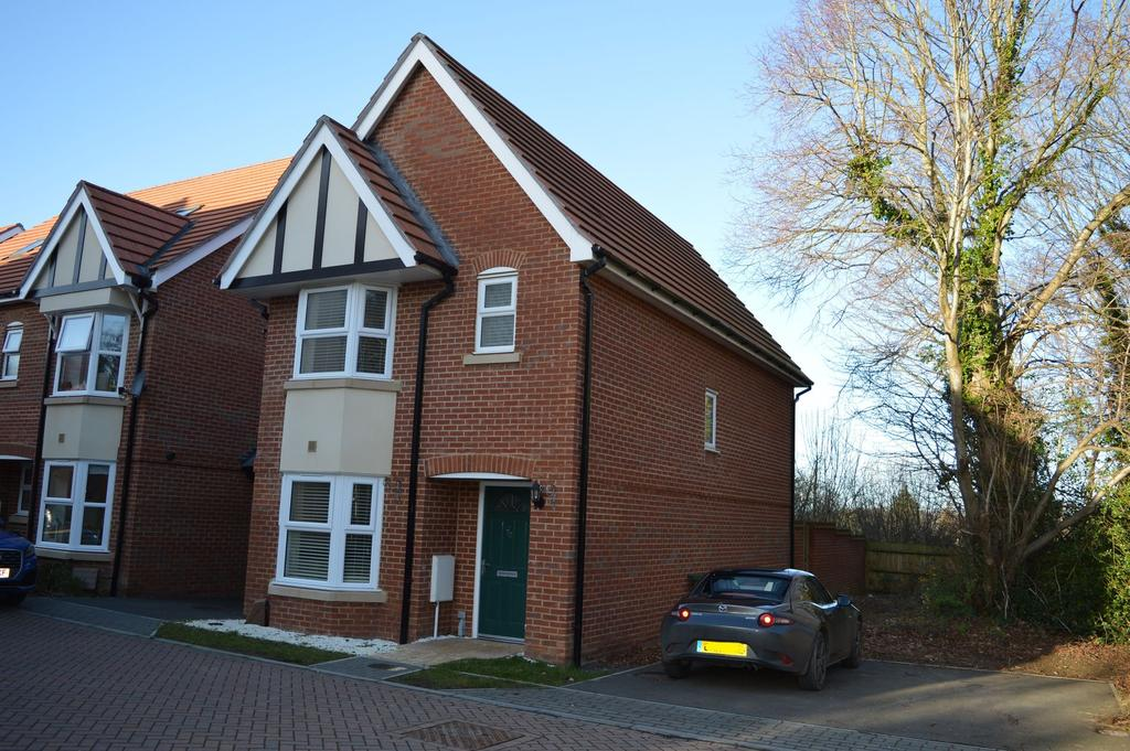 3 Bedrooms Detached House for rent in Ashford, TN23
