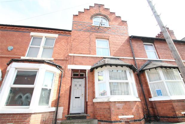 4 Bedrooms Terraced House for sale in Foxhall Road, Sherwood Rise, Nottingham