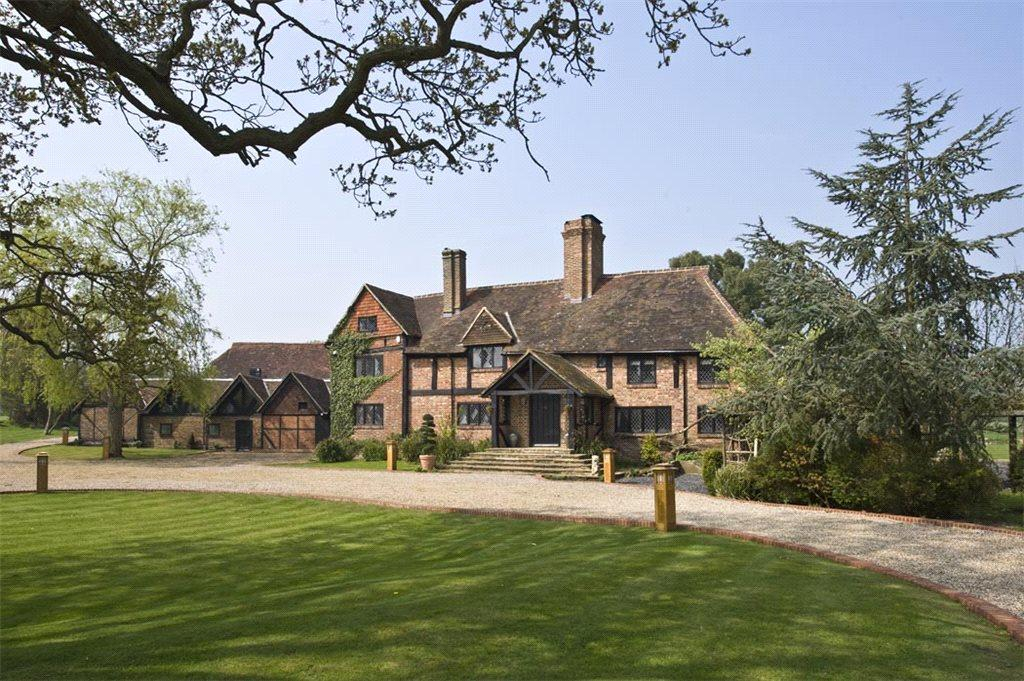 6 Bedrooms Detached House for sale in Okewood Hill, Nr Cranleigh, Surrey