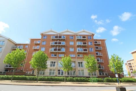2 bedroom apartment to rent - Geneva House, Century Wharf, Cardiff Bay