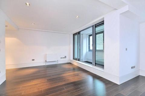 Studio to rent - Slingsby Place, St Martin's Courtyard, WC2E