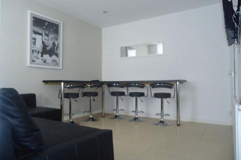 6 bedroom terraced house to rent - Saxony Road, Liverpool, AVAILABLE FOR THE ACADEMIC YEAR 18/19