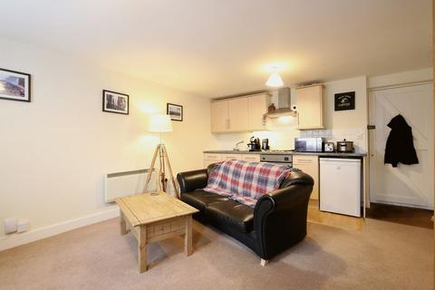 1 bedroom flat to rent - Market Place, Wantage