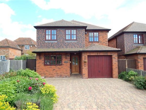 4 Bedrooms Detached House for sale in The Mallards, 37 Horselees Road, Boughton-under-Blean