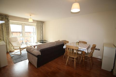2 bedroom apartment to rent - Royal Plaza, 2 Westfield Terrace