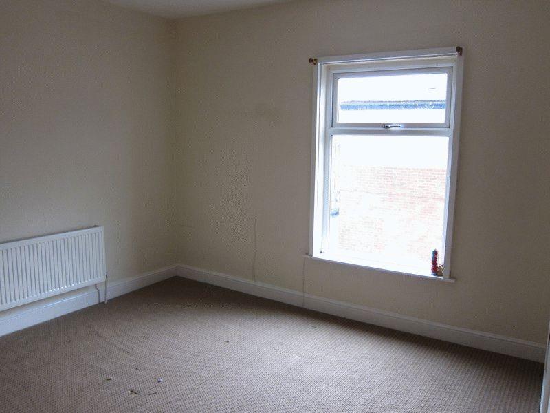 2 Bedrooms Terraced House for sale in Royds Street, Rochdale, OL16 5JS