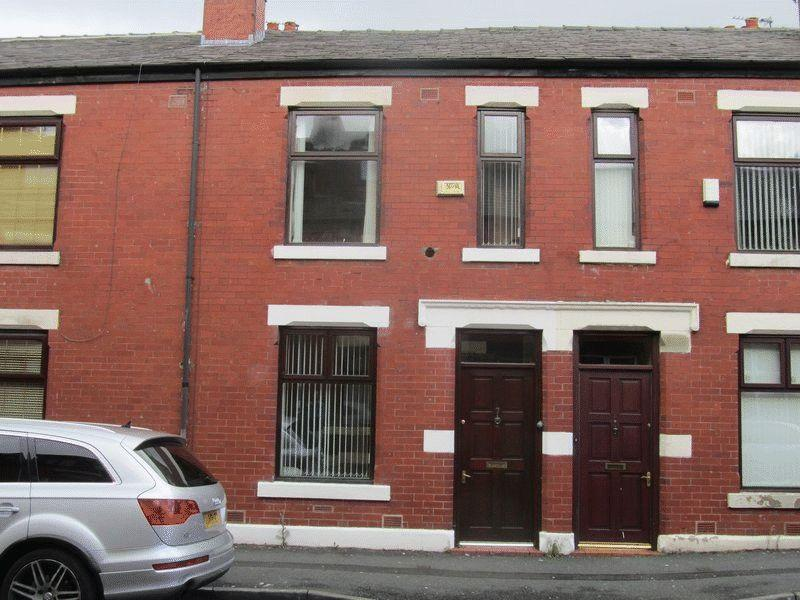3 Bedrooms Terraced House for sale in Exeter Street, Deeplish, Rochdale OL11 1JN