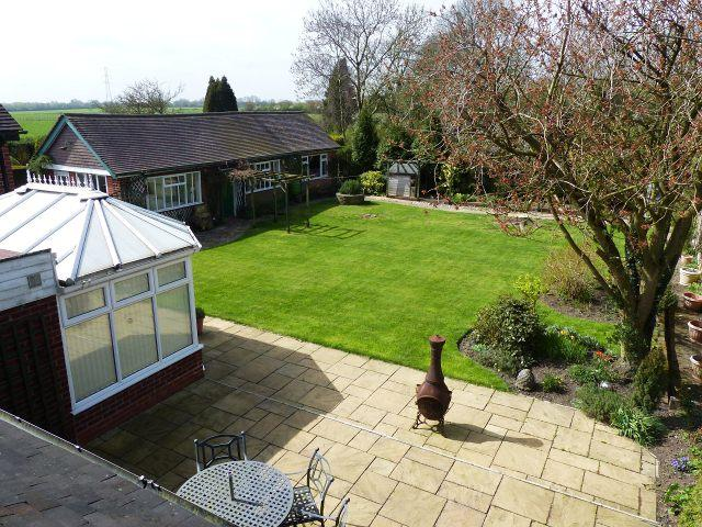6 Bedrooms Detached House for sale in Stafford Road,Great Wyrley,Staffordshire