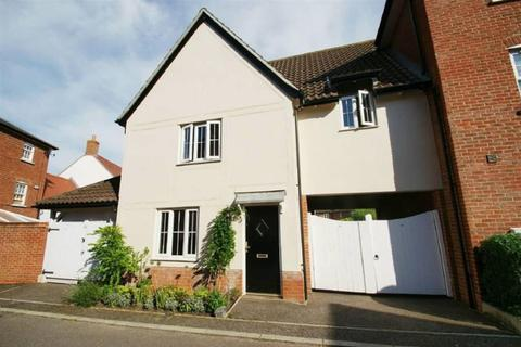 3 bedroom semi-detached house to rent - Webb Close, Chelmsford, Essex, CM2