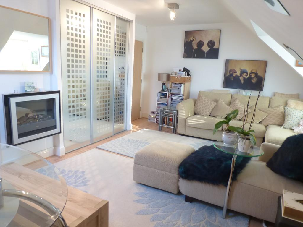 1 Bedroom Apartment Flat for sale in Balmoral House, Birmingham Road, Sutton Coldfield, B72 1LX