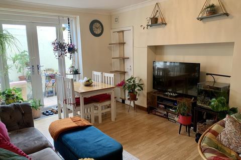 2 bedroom apartment to rent - Heaton Road, Heaton, NE6