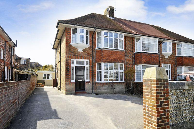 3 Bedrooms Semi Detached House for sale in Victoria Road, Worthing