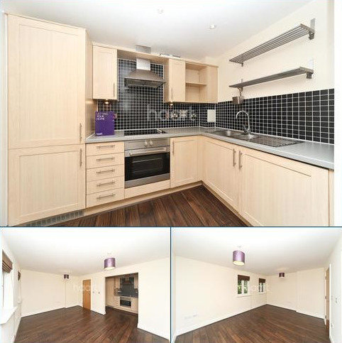 2 bedroom flat to rent - High Path, SW19