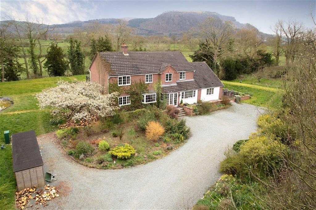 6 Bedrooms Country House Character Property for sale in Llandrinio, Llanymynech, SY22