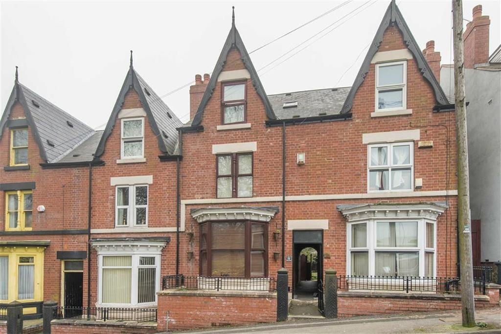 4 Bedrooms Terraced House for sale in Vivian Road, Firth Park, Sheffield, S5