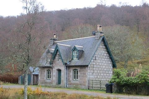 2 bedroom property to rent - West Lodge, Glenmuick, Ballater, AB35