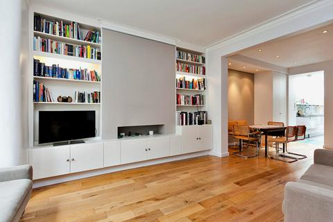 2 bedroom ground floor flat to rent - Sulgrave Road, London, W6