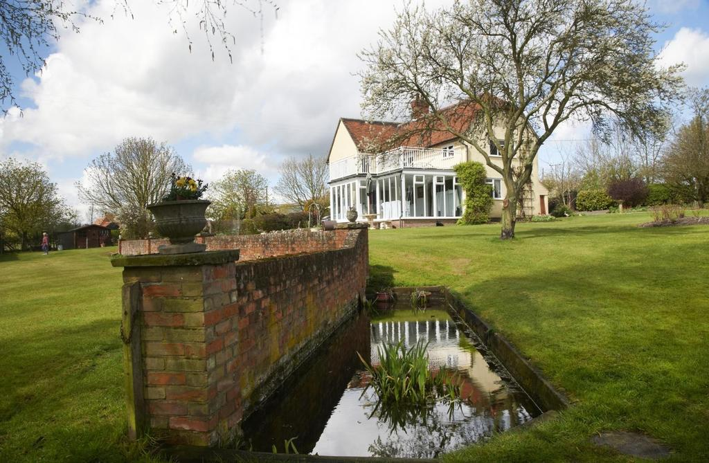 6 Bedrooms Detached House for sale in Near Felsted, Essex