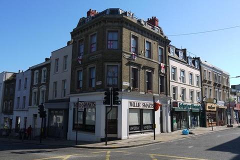 1 bedroom flat to rent - Westow Hill, Upper Norwood, London, SE19 1TQ